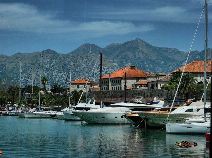 Kotor, Montenegro, Nikon Coolpix L310, 18.6mm, 1/800s, ISO80, f/4.5, -1.0ev, HDR-Art photography, 201607051225
