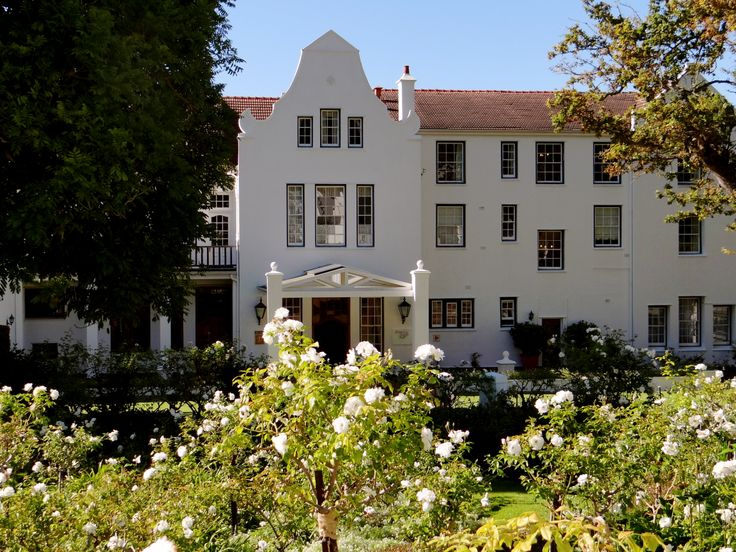 Natural beauty meets luxury and style at the stunning Cellars-Hohenort Hotel.