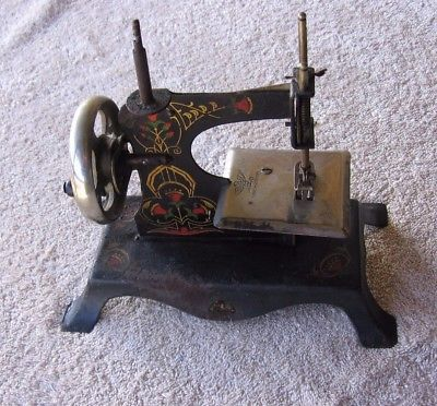 Antique Eagle Made Germany Black Cast Iron Toy Sewing Machine~Decorative Design