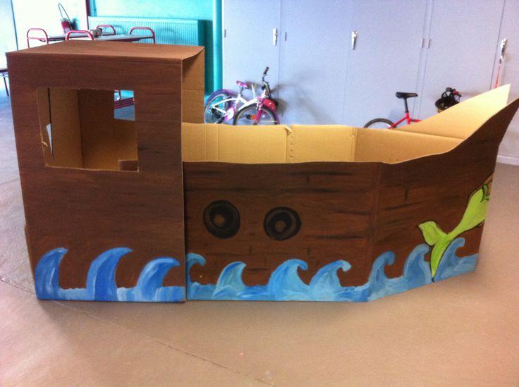 les 25 meilleures id es de la cat gorie bateaux de pirates. Black Bedroom Furniture Sets. Home Design Ideas