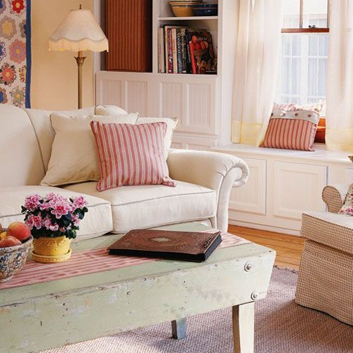 French Country Living Room Coffee Table: Red And White Country Decor