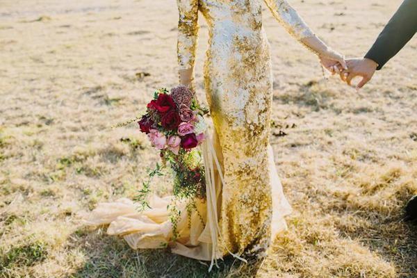 Metallic+Wedding+Dresses+|+Bridal+Musings+Wedding+Blog+14