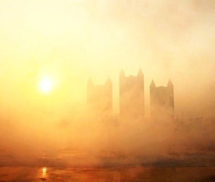 Jilin Heats Up And Smog Comes In Early Morning