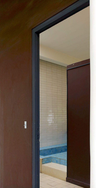 le corbusier charles douard jeanneret gris 1887 1965. Black Bedroom Furniture Sets. Home Design Ideas