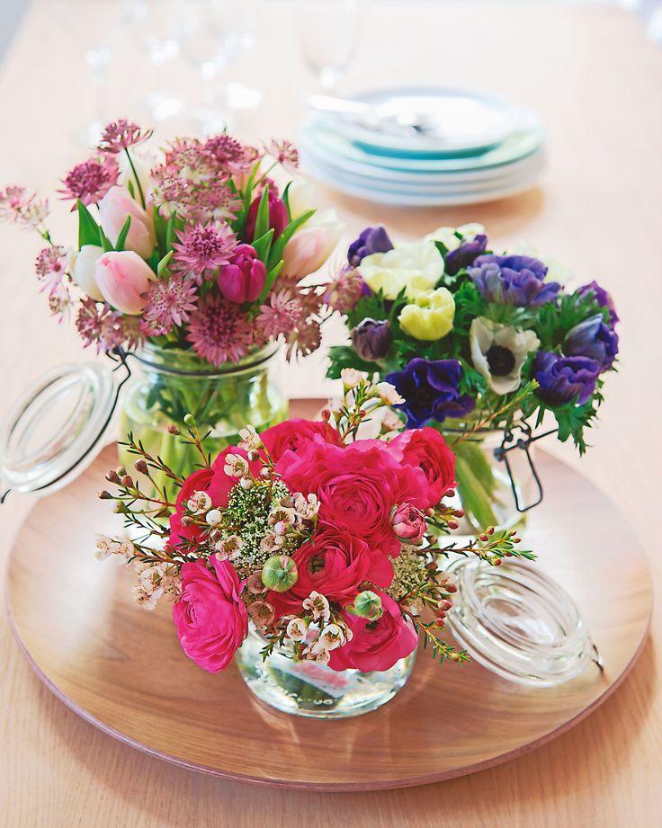 #Truffaut - note bohème avec des compositions fleuries dans des bocaux en verre de récup'