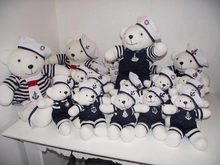 Ursinhos feitos para festa Nautica e para decoração de buffets e festas infantis.  Os mais lindos da internet,estes ursos deixaram sua festa inesquecivei.  KIT DE 6 PÇS NO TAMANHO DE 45CM      Enviamos para todo Brasil e Exterior