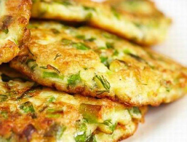 A zöldség sok háztartásban csak leves vagy köret formájában kerül asztalra. A különféle szezonális, fagyasztott vagy épp konzerv zöldségeket azonban fasírozottként is elkészíthetjük. Nézzük, hogyan!