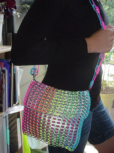 Rainbow Pull Tab Shoulder Bag by Pop Top Lady, via Flickr