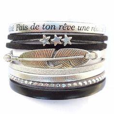 Bracelet manchette cuir argenté et suédine noire avec plume