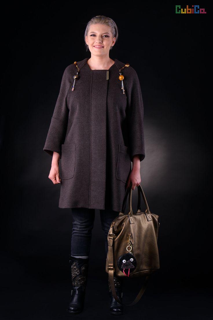 Selena wool brown overcoat murano collar CubiCa Peculiar collection