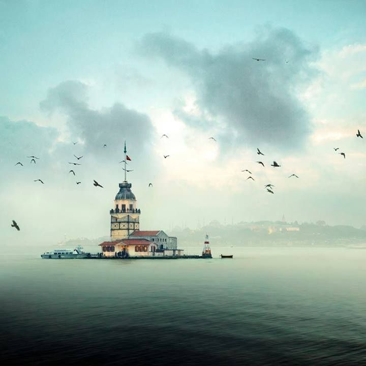 Maiden's Tower, Istanbul, Turkiye. One of the oldest lighthouses in the world.