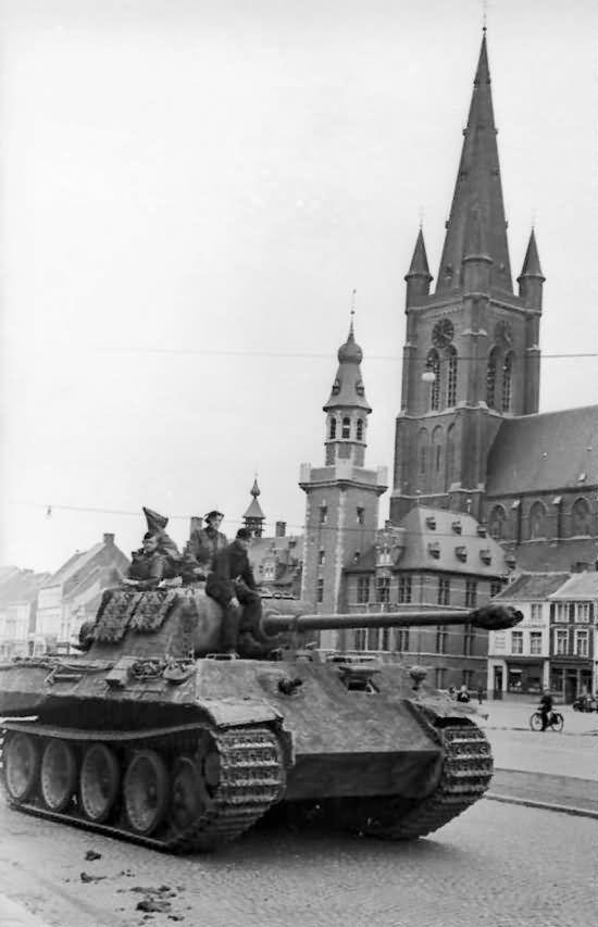 Panther in Belgium 1 Panzer SS Division #tanks #worldwar2