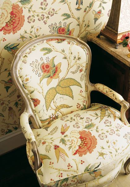 Chinoiserie Floral #wallpaper And #fabric In #cream From