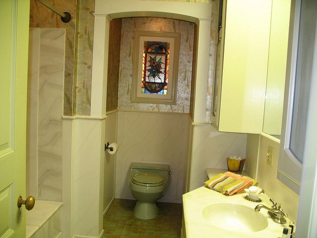 1000+ images about Avocado bathroom suite on Pinterest ...