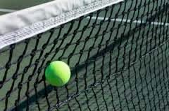 Quieres saber como reducir el número de errores forzados que cometes? Cuando se está aprendiendo como jugar tenis esto puede ser dificil, pero estos grandioso consejos te ayudarán a lograrlo! CLICK AQUI: www.comojugartennisfacilmente.blogspot.com/2014/09/como-jugar-tenis-5-consejos-para-evitar.html