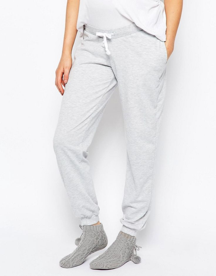 Living for these cozy sweatpants.