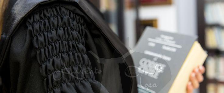 toghe forensi di avvocati dettaglio di cucitura sartoriale