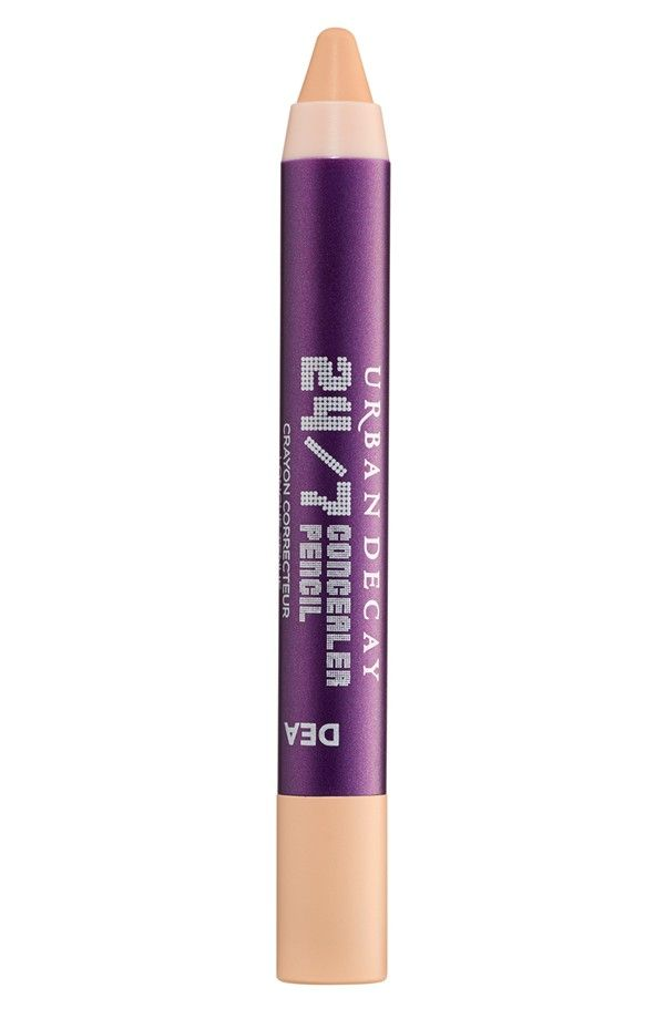 Hide dark circles and blemishes with the Urban Decay 24/7 Concealer Pencil; a creamy, easy-to-use pencil that dries matte and stays put.