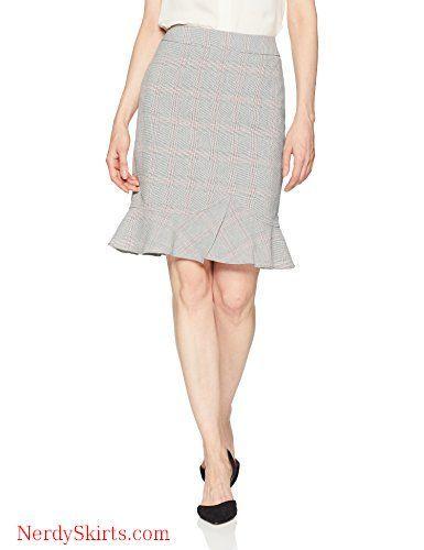 d34e2c4641 Tahari by Arthur S. Levine Women's Plaid Pencil Skirt with Ruffle Bottom