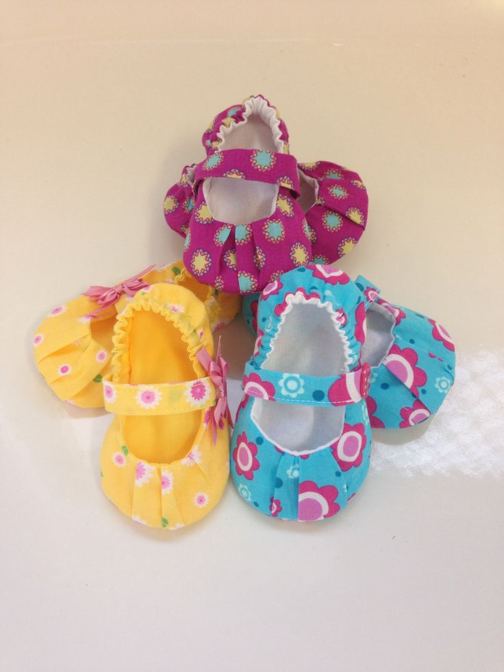 Fabric shoe collection