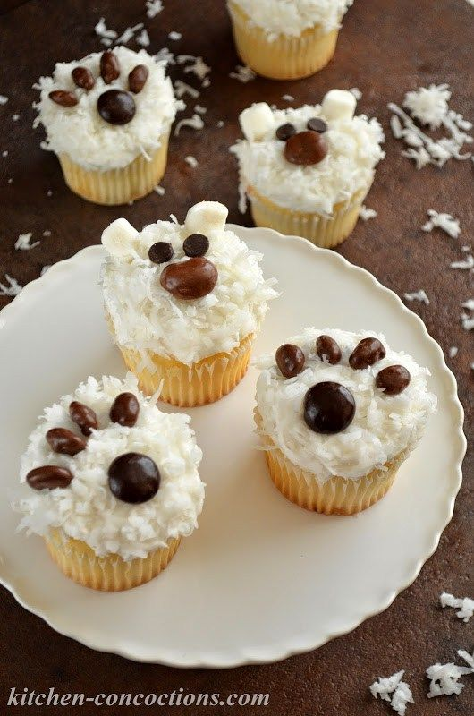 Polar Bear Cupcakes -  Get the kids in the kitchen and make these adorable and EASY Polar Bear Cupcakes! Check out this festive holiday cupcake dessert recipe and tutorial! {ad}