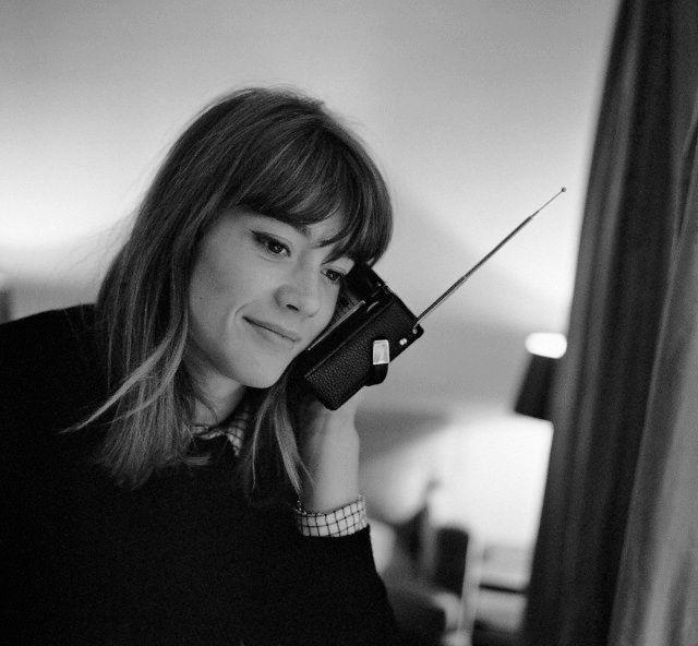 """"""" Françoise Hardy chez elle, à Paris, en mai 1966; photographié par Pierre Fournier """""""