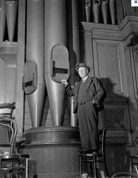 144 best pipe organs images on pinterest instruments for Domon furniture st eustache