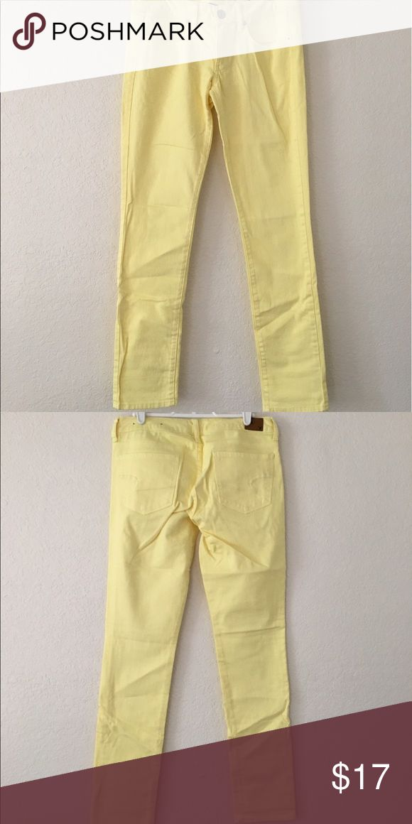Yellow Skinny Jeans Yellow skinny jeans • Stretch • Have been worn once • In great condition American Eagle Outfitters Pants Skinny
