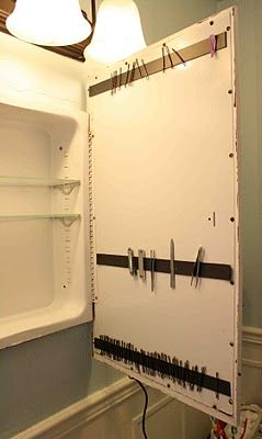 : Strips Inside, Bathroom Organizations, Organizations Ideas, Bathroom Storage, Magnets Strips, Bobby Pins, Medicine Cabinets, Bathroom Cabinets, Cabinets Doors
