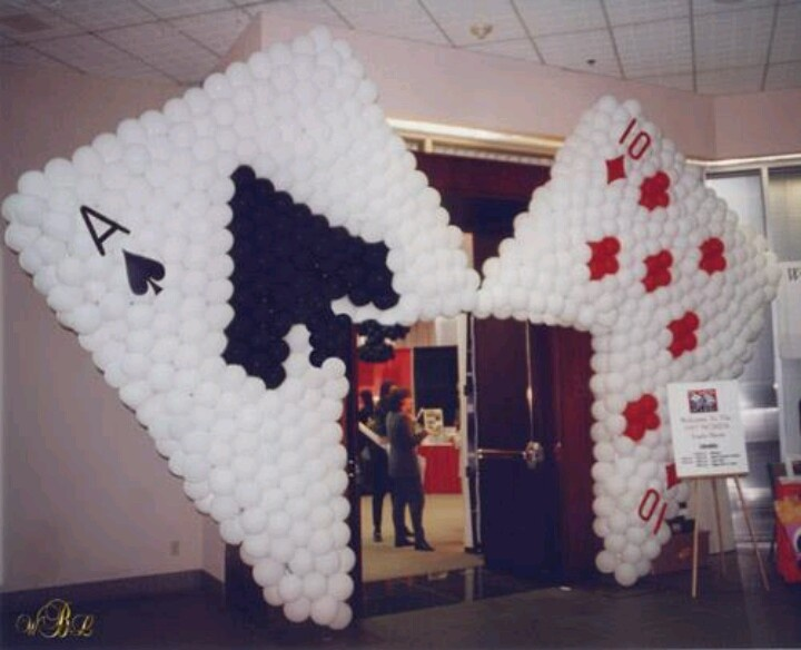 casino balloon arch - Casino Decorations
