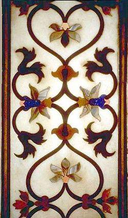 Detalle de simétricamente balanceada Pietra dura Jali-carátula-trabajo con gemas y piedras preciosas, Taj Mahal, Agra, India