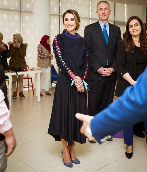 ♔♛Queen Rania of Jordan♔♛...Queen Rania Launches JRF's Mobile Technology Exhibition
