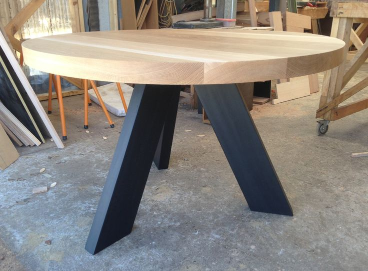 Solid American Oak Round Dining Table With Matte Black Angled Legs
