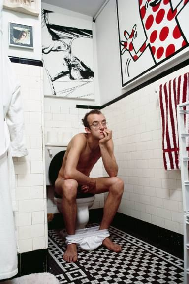 In the bathroom with Keith Haring