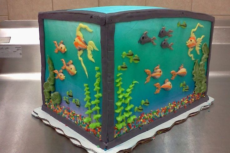 piped buttercream fish tank