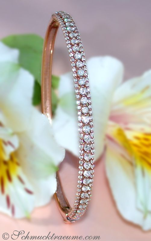 Feminine Diamond Bangle in Rosegold 14k (2.08 ct. H SI) - schmucktraeume.com