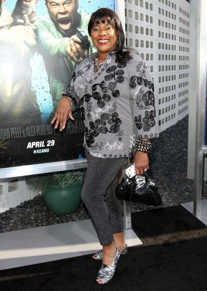 Loretta Devine   Loretta Devine Picture 46 - Keanu Los Angeles Premiere