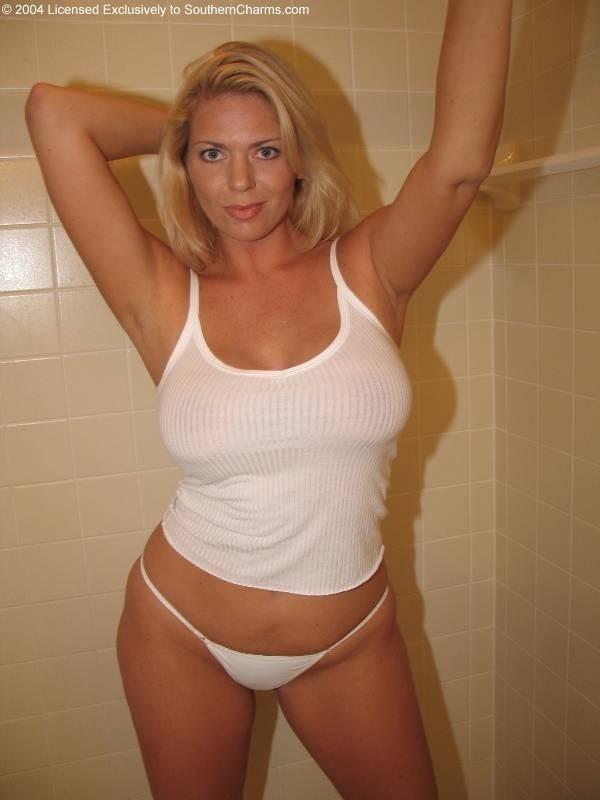 @nderss0n. fat Busty redhead karolina helen volga karolina zena