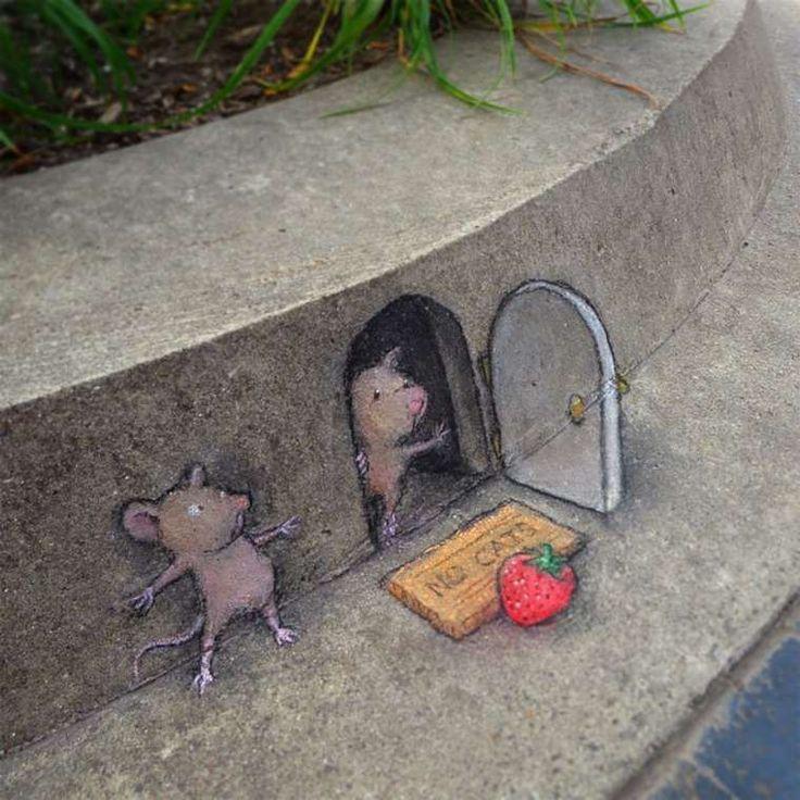 Grâce au street art, la rue prend tout de suite de nouvelles couleurs ! Aux États-Unis, David Zinn est un artiste passionné par le travail à la craie. Depui