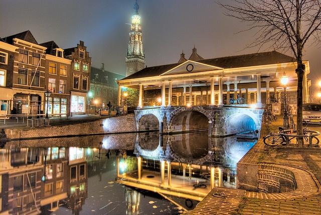 Market Bridge in Leiden, NL