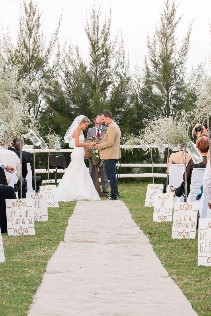rustic wedding-1 Kor 13 in the isle