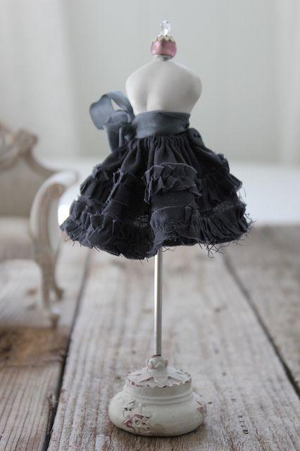 Navy Skirt | Flickr - Photo Sharing!