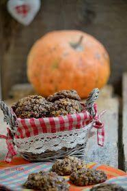 Чудесное печенье! Оказалось, что тыква великолепно сочетается с шоколадом! Печенье получилось очень мягким и нежным, сразу и не догад...