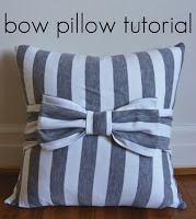 DIY Bow Pillow. Pink and white