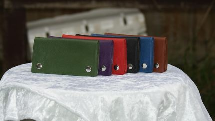 TOBACCO POUCH WITH CIGARETTE PAPER HOLDER