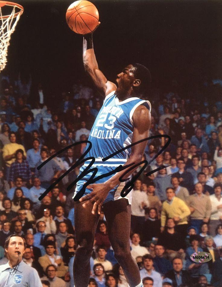 Michael Jordan Signed North Carolina Tarheels 8x10 Photo Slam Dunk