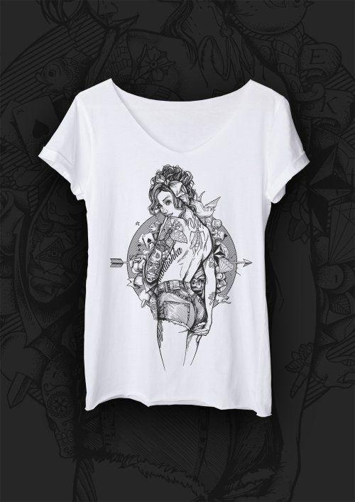 T-shirt VINTAGE. T-shirt o luźnym i prostym fasonie uszyty z najwyższej jakości bawełny, z surowo ciętymi brzegami. Motywem przewodnim jest modliszka - drapieżny i piękny owad symbolizujący silne, nowoczesne i pewne siebie kobiety. Każda grafika ma swój niepowtarzalny klimat i opowiada inną historię #MODLISHKA