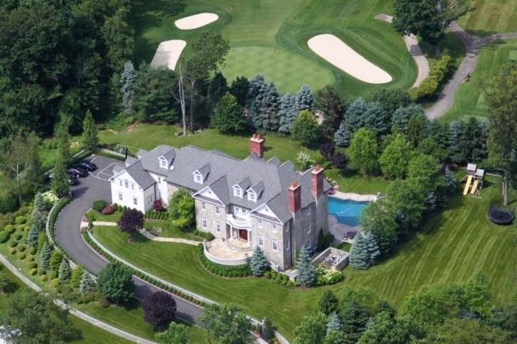 This finely-detailed manor house creates the perfect setting for todays sought-after style of luxury living and entertaining.  | Location: Chappaqua, New York | Listing: https://www.properbuz.com/view-details?property-id=4-bedroom-house-for-sale-59-carolyn-place-chappaqua-ny-10514~46590  #Properbuz  #dreamhome #Newyorkcityrealestate #realestatenewyork #Chappaqua #Newyork #Newyorkcity  #nyc #ny #manhattan #CentralPark #TimeSquare #RealEstate  #realtor
