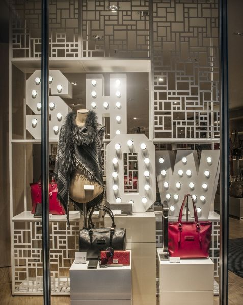 leffers showtime im schaufenster store concepts. Black Bedroom Furniture Sets. Home Design Ideas