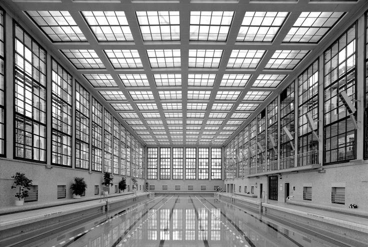 DE, Berlin, Stadtbad. Architect Carlo Jelkmann and Heinrich Tessenow, 1930.